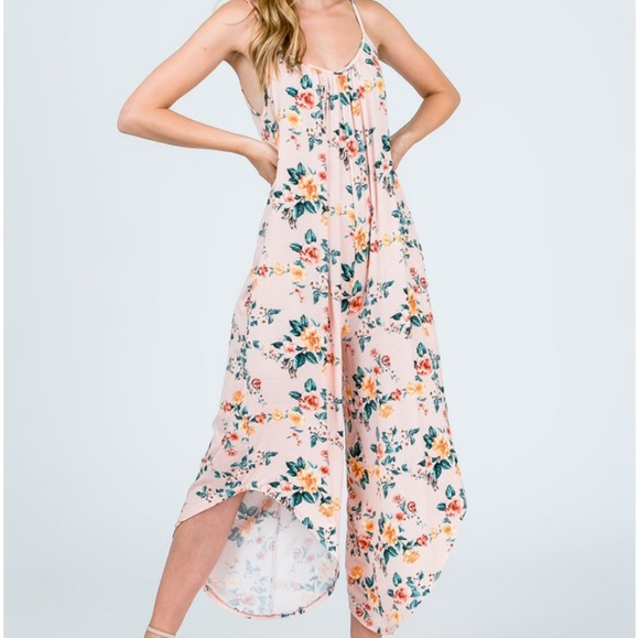 0752178c641 ❣Peach Floral Jumpsuit with pockets❣. Boutique
